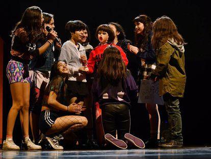 Una escena de 'Paisajes para no colorear' que se presenta en el Lliure de Montjuïc.