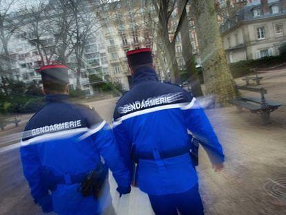 Dos agentes de la gendarmería francesa, en una imagen de archivo.