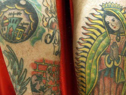 Tatuajes 'old school' de Pancho del estudio Light House Tattoo Melilla.