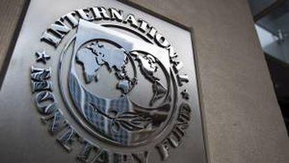 El Fondo Monetario Internacional anima a Tokio a que implemente su plan para subir el impuesto al consumo, actualmente en el 5 por ciento y que el Parlamento nipón (Dieta) ha acordado elevar progresivamente al 10 por ciento para 2015. EFE/Archivo