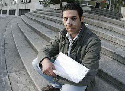 Morad Arabi, dos días después de sufrir la agresión en Atocha.