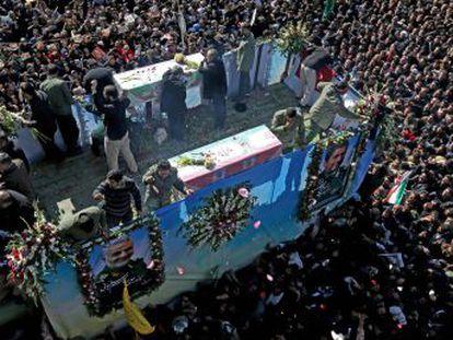 El Parlamento iraní declara  terrorista  al Ejército de EE UU y aumenta en 200 millones de euros el presupuesto de la fuerza Al Quds, que dirigía el general asesinado