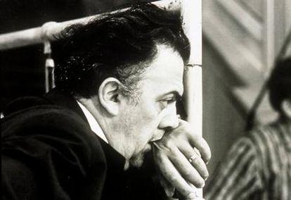 Federico Fellini durante un rodaje. El director italiano ganó cinco 'oscars', el último, honórifico, en 1993.