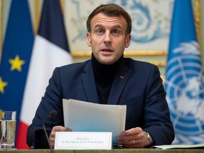 El presidente francés, Emmanuel Macron, al comienzo de una nueva conferencia sobre Líbano este miércoles, en París.
