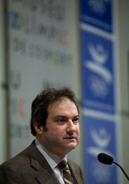 El alcalde de Barcelona, Jordi Hereu, anuncia la candidatura a los juegos de invierno de 2022.