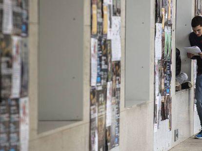 Un  estudiante en la Universitat Pompeu Fabra.