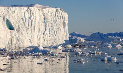 La subida del nivel del mar está provocando el deshielo de los glaciares de Groenlandia.