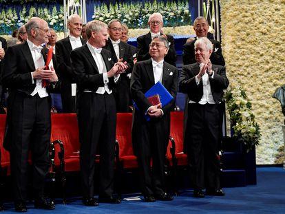 Galardonados con los premios Nobel en 2017, en la ceremonia de entrega celebrada en Estocolmo.