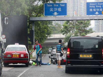 Un accidente de tráfico en el barrio de Tsim Sha Tsui (Hong Kong).