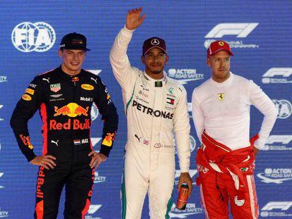 Hamilton, entre Verstappen y Vettel.