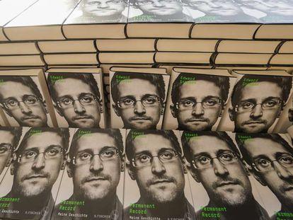 El libro de Edward Snowden, en Berlín en septiembre pasado.