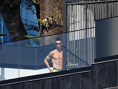 Cristiano Ronaldo, en su casa de Funchal, Madeira, el martes.
