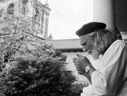Ernesto Cardenal en León (Nicaragua) en 1979.