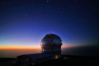 El Gran Telescopio de Canarias, ubicado en el Observatorio del Roque de los Muchachos (La Palma) del Instituto de Astrofísica de Canarias.