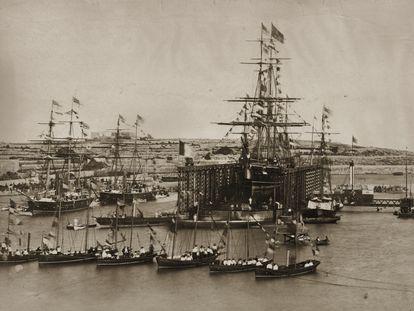 Ceremonia de apertura del canal de Suez, el 17 de noviembre de 1869.