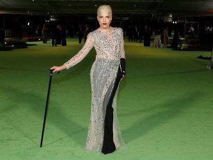 Selma Blair, en la gala Academy Museum of Motion Pictures con un vestido transparente con detalles brillantes.