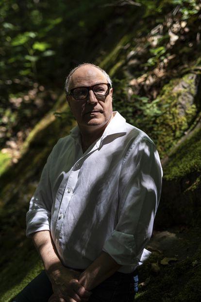 Pierre Lévy, en el exterior de su casa de Ottawa.