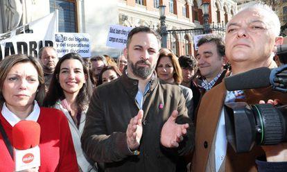 El líder de Vox, Santiago Abascal, en la manifestación ante la sede del Ministerio de Agricultura en febrero pasado.