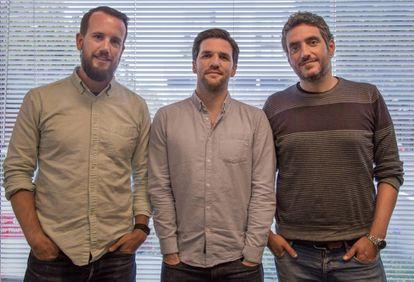 De izquierda a derecha: Ibai G. Urruchua, Juanjo Feijoo y Javier Cortés, socios fundadores del fondo Gate 93.