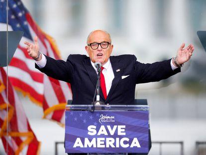 Rudy Giuliani, el abogado personal de Trump, durante un mitin.
