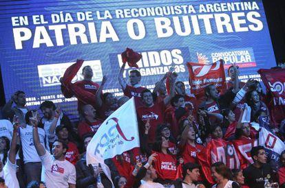 Manifestación en Buenos Aires por la crisis de la deuda.