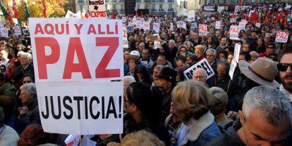 Concentración contra la guerra en Madrid.