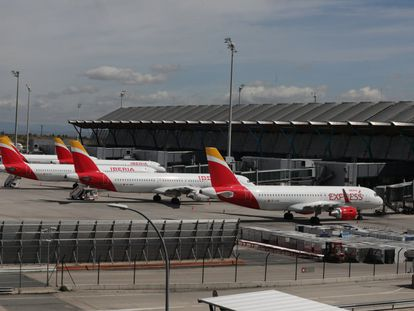 Varios aviones de Iberia en el Aeropuerto de Madrid-Barajas Adolfo Suárez.