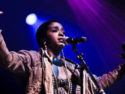 Los conciertos de Lauryn Hill se han convertido en una extraña mezcla de abucheos y devoción. En la imagen, la cantante actuando en el O2 Arena de Londres en abril de 2012.