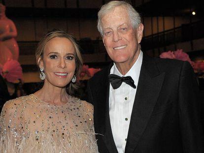 Julia Flesher y David Koch, en Nueva York, en 2017.