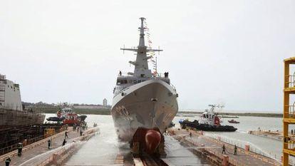 Botadura en el astillero de Navantia en San Fernando (Cádiz) de la tercera corbeta para Arabia Saudí el pasado 5 de abril.