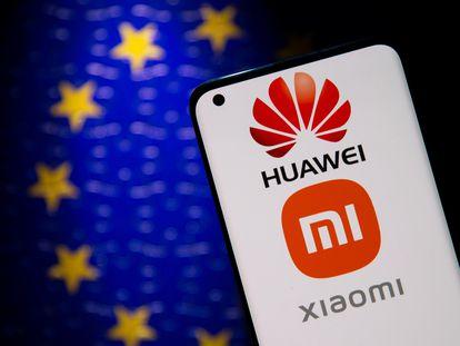 Los fabricantes chinos Xiaomi y Huawei son los principales acusados por el Gobierno lituano de malas prácticas de privacidad y seguridad en sus dispositivos.