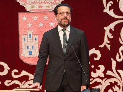 Javier Fernández-Lasquetty jura su cargo como Consejero de Hacienda.