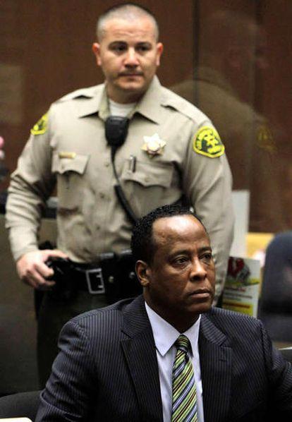 El doctor Conrad Murray en el banquillo en enero pasado