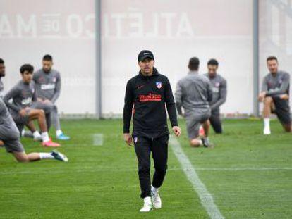 El equipo de Simeone recibe al Liverpool en medio de la crisis de juego y de resultados que señalan al vigente campeón de Europa como claro favorito