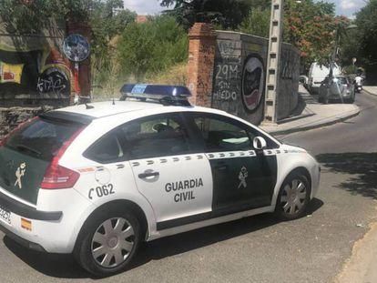 Un coche patrulla de la Guardia Civil, en una imagen de archivo. En vídeo, un nuevo caso de violencia machista en Canarias.