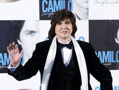 El popular artista español, con 40 discos publicados, medio centenar de números uno en distintos países y más de 100 millones de copias vendidas, ha fallecido en la madrugada de este domingo