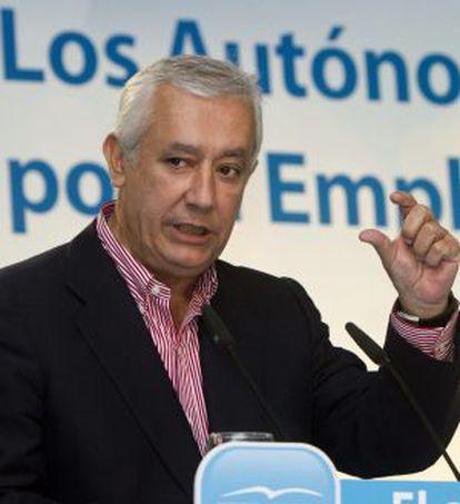 El presidente del PP-A, Javier Arenas, el pasado martes en Huelva.