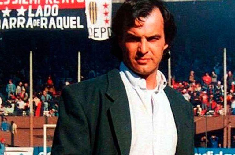Marcelo Bielsa en sus primeros partidos como entrenador del equipo Newell's Old Boys de Argentina.