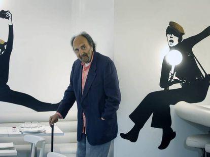 El fotógrafo Leopoldo Pomés en el Flash Flash, restaurante de su propiedad.