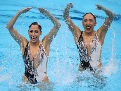 Las mexicanas Nuria Diosdado y Joana Jiménez durante su rutina en los Juegos Olímpicos de Tokio 2020.