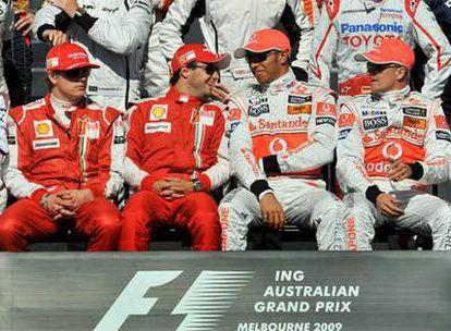 Raikkonen, Massa, Hamilton y Kovalainen antes de la carrera.