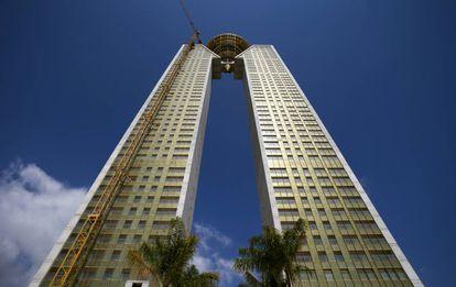 La torre infinita de Intempo, proyectada en 2006, sigue sin estar habitada. |