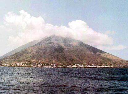 El volcán de Stromboli, en el archipiélago de las islas Eólicas, es uno de los pocos que se mantiene en actividad.