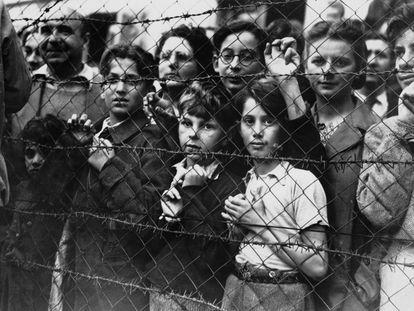 Prisioneros en el campo de concentración de Vittel.