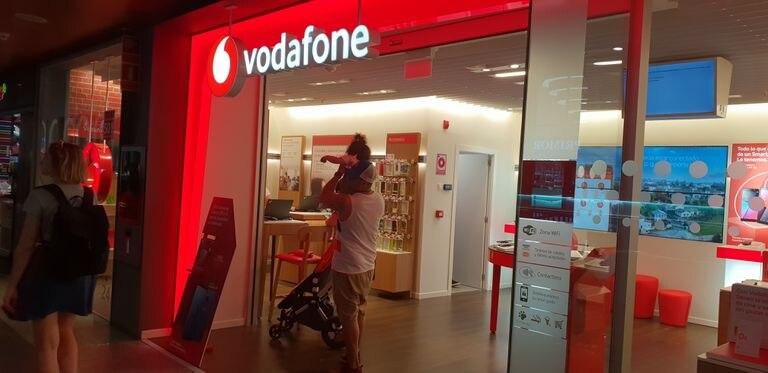 Una tienda de Vodafone en Madrid.