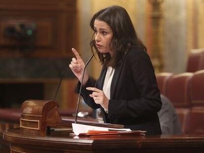 La presidenta de Ciudadanos, Inés Arrimadas, interviene en el Congreso de los Diputados durante la segunda jornada del debate de los Presupuestos Generales para 2021.