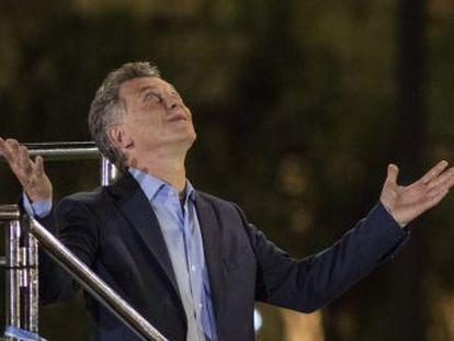 El presidente argentino celebra su último mitin electoral en la provincia de Córdoba, un distrito clave en su triunfo de 2015