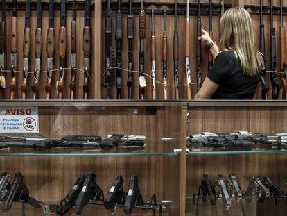 Una tienda de venta de armas en Sao Paulo.