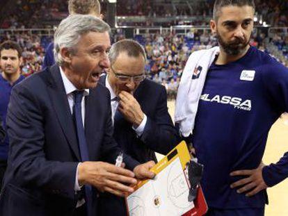 """""""Se merece una salida como la de Iniesta"""", señala Pau Gasol sobre el escolta del Barça Lassa, cuya intención era continuar en el equipo"""