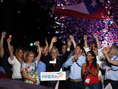 Piñera celebra la victoria.